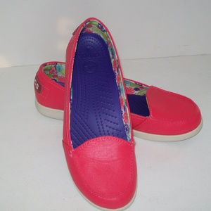 CROCS Hot Pink Leather Loafer Size 9